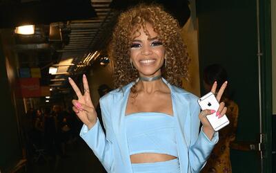 """Leslie Grace y la fundación """"Latin Grammy"""" llevaron felicidad a decenas..."""