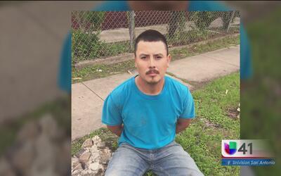 Arrestan a hombre buscado por delitos de abuso infantil