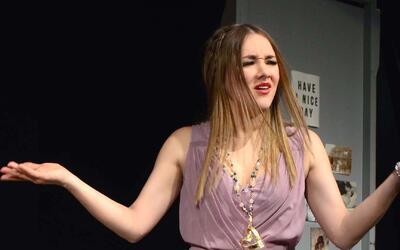 Sherlyn reacciona molesta cuando le preguntan por el nuevo amor de su ex...