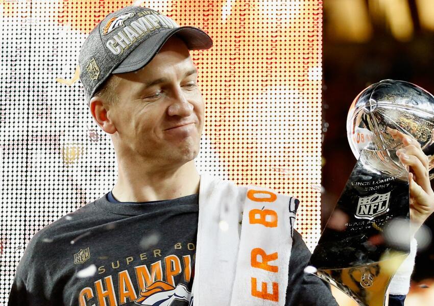 Peyton Manning, campeón con los Broncos en el Super Bowl 50.