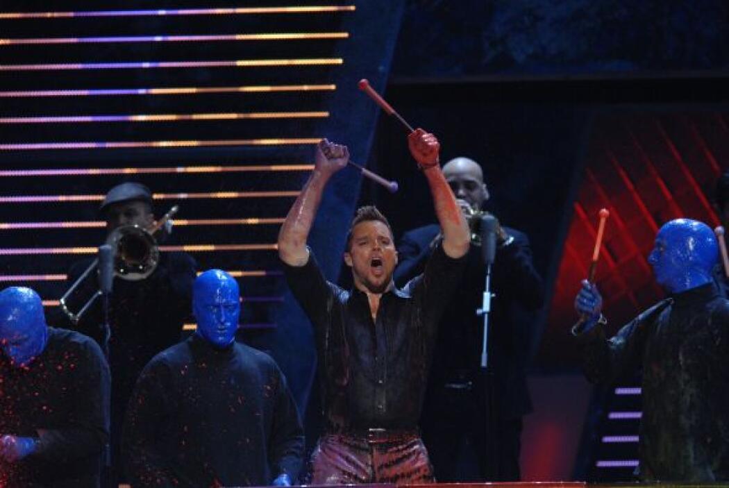 En el 2007 Ricky Martin abrió el show con este espectáculo lleno de luce...