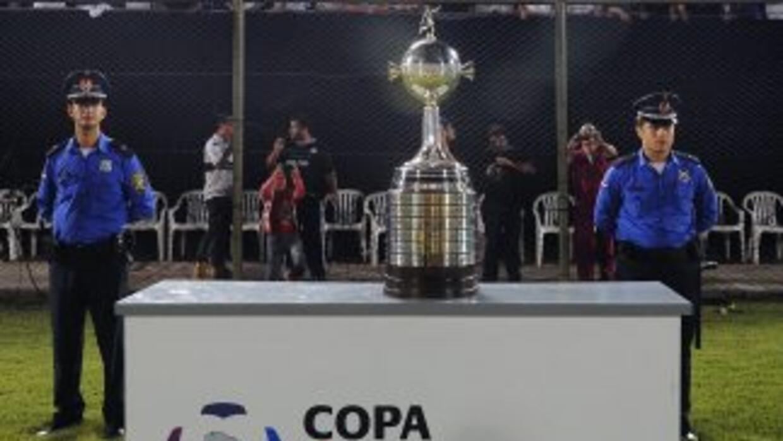 La Copa Libertadores 2014 pone primera con la fase previa en la cual 12...