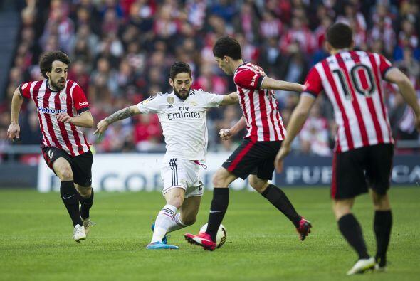 El Madrid intentó ir al frente y generar opciones de gol pero Isc...