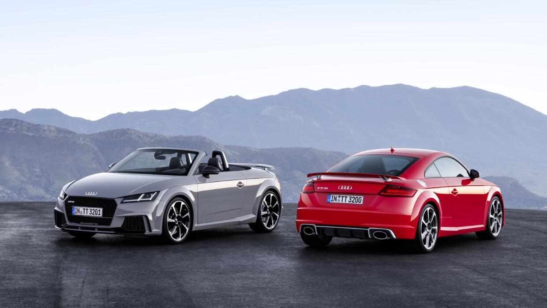 El nuevo Audi RS 2017 TT estará disponible como coupé 2+2 de techo fijo...