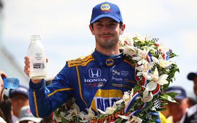 Rossi se impuso en la edición centenario de la Indy 500