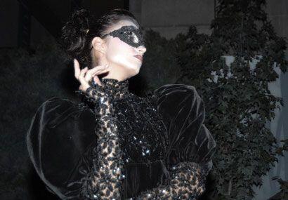 Impregnado de un ambiente lleno de magia y enigma, Dior lanzó en la Ciud...