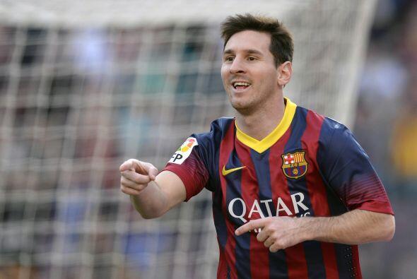 Balón imposible con el que Lionel inauguraba el marcador.