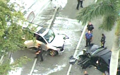 'Miami en un Minuto': grave accidente en Coral Gables dejó al menos a do...