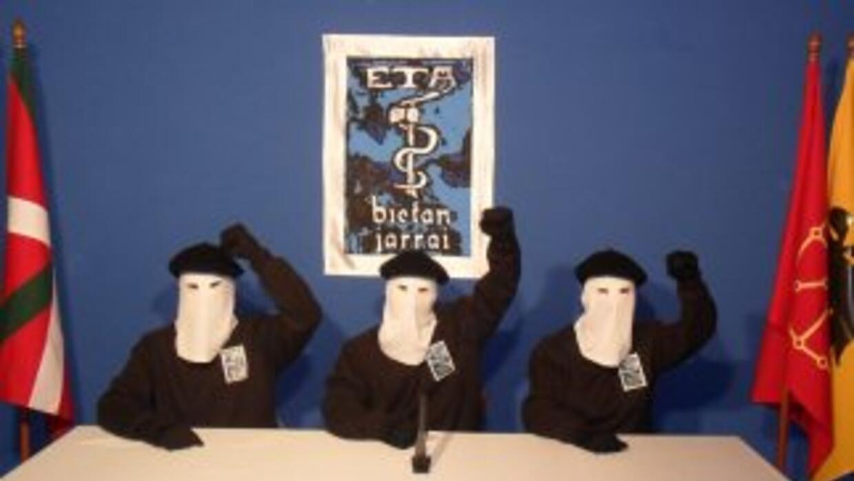 Voceros encapuchados de ETA  (Imagen de Archivo).