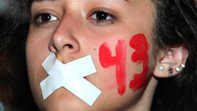 Manifestación por estudiantes desaparecidos en la ciudad de México