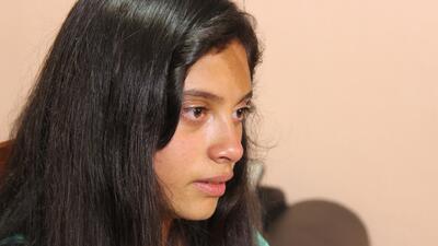 Padre de Alondra Díaz entregó a su hija para que vea a su madre