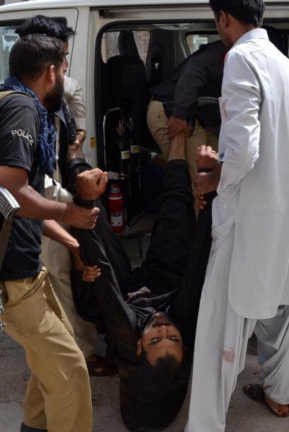 """""""Hay al menos 38 muertos y más de cincuenta heridos"""", indicó a la AFP Mo..."""