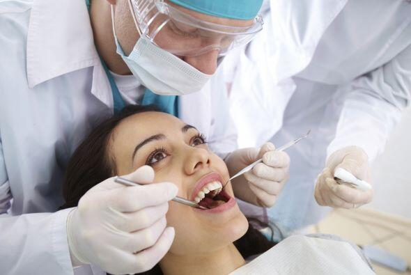 Examen previo. De ser posible, visita al dentista antes de quedar embara...