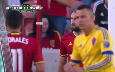 Lo falló!! Yura Movsisyan lanza el penalti y falla