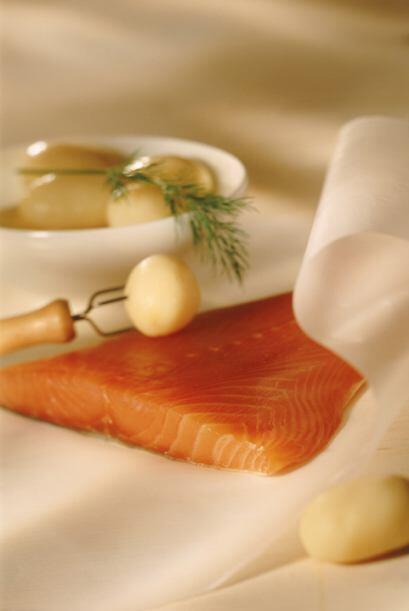 El omega 3 lo puedes encontrar en diferentes pescados y además pr...