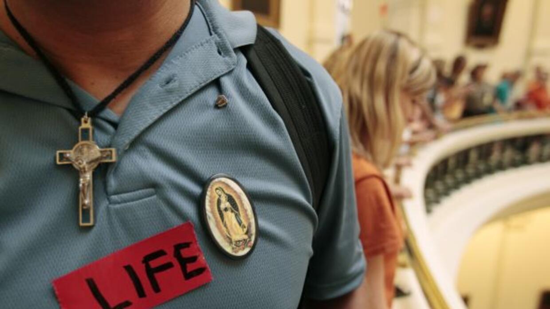 El Senado de Texas aprobó la propuesta SB 575, que prohibiría a las aseg...