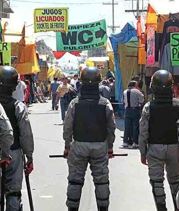 """14. """"Hecho en Tepito""""Muestra de ello es la canción sobre el barrio del g..."""