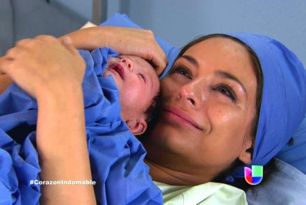 Pero tuvo una gran recompensa, se convirtió en madre de una hermosa niña.