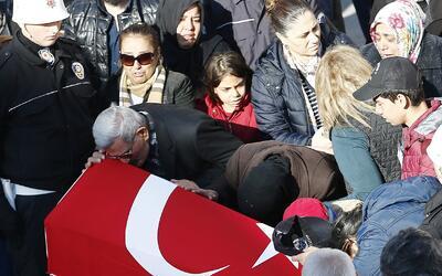Este domingo comenzaron los funerales de algunas de las víctimas