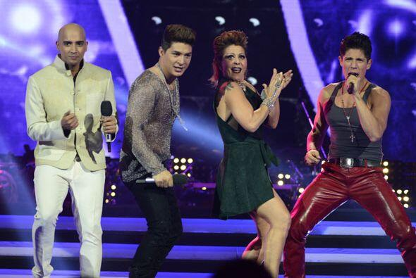 Más adelante en el show, José fue elegido por Alejandra Guzmán.