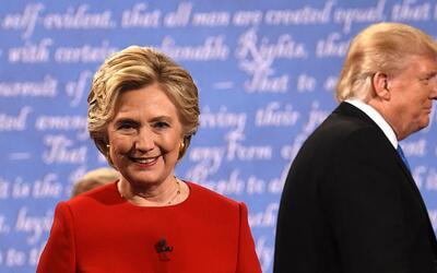 Hillary Clinton y Donald Trump durante el primer debate presidencial, en...
