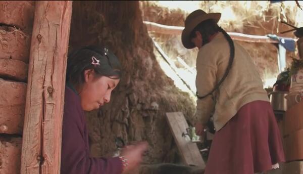 Jóvenes peruanos de zonas marginadas, buscan dignidad y reconocimiento a...