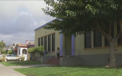Escuelas públicas de Oakland lanzan una iniciativa para volverse santuar...
