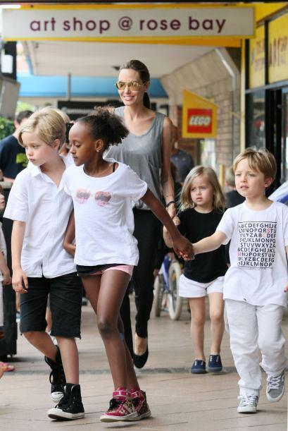 Zahara, la hija de Angelina prefiere los shorts, que para las niñ...