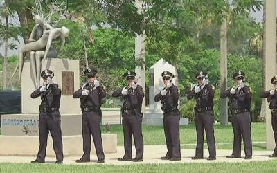 Realizan ceremonias en Florida para honrar a los soldados caídos en guerras