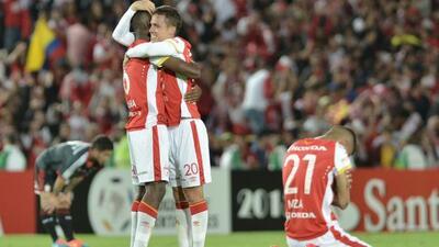 El equipo colombiano venció 2-1 a Estudiantes en el marcador global.