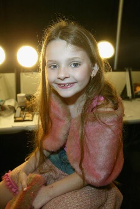 Breslin disfruta de una pasarela de moda en septiembre de 2004. ¡Fashion...
