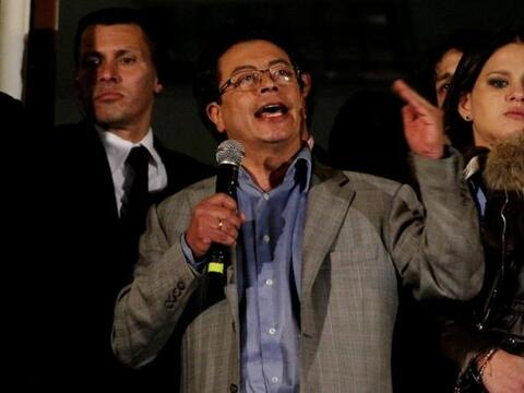 El alcalde de Bogotá Gustavo Petro, pronunció un discurso luego de su de...