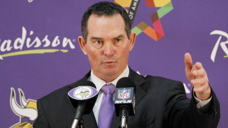 Los Vikings con Mike Zimmer son uno de los siete equipos que arrancan en...