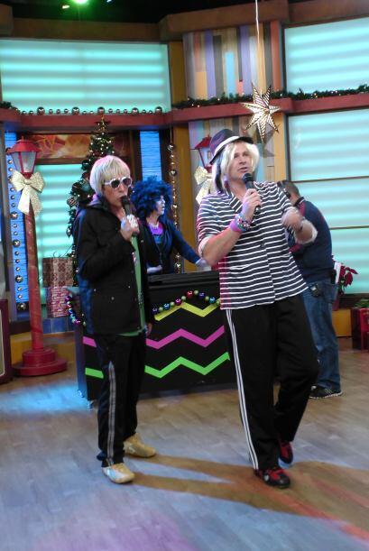 ¡En efecto! Chicho y Nano, el dueto musical más exitoso estaba de regreso.
