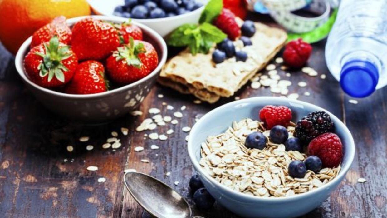 Las porciones grandes son enemigas de la salud, aprende a comer sano al...