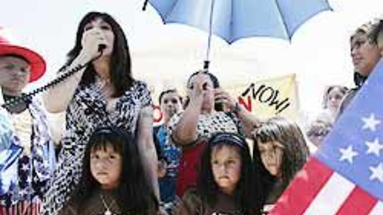 Niños nacidos en EU exigen a Obama que regrese a sus padres deportados c...