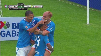Con gran gol, Cruz Azul abre el marcador