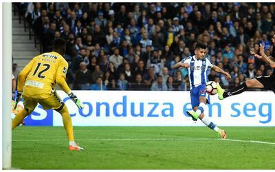El Porto gana con gol de Jackson Martínez pero Tello se lesiona; Herrera...