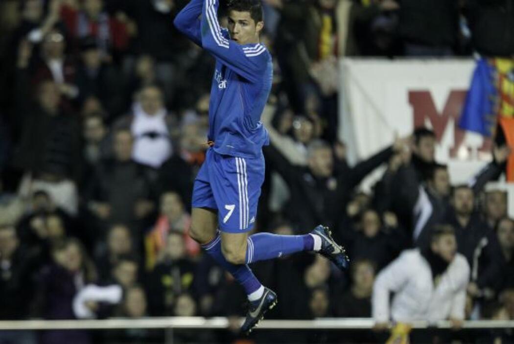 Antes de que terminara la primera parte, el portugués Cristiano Ronaldo...