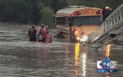 Varios rescates a causa de las tormentas