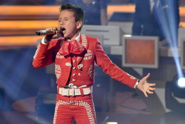 Cantar acompañado de mariachi no es fácil pero Toñi...