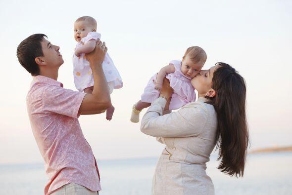 También es cierto que tener un embarazo gemelar involucra m&aacut...