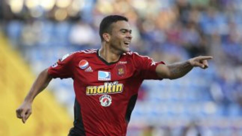 Dany Cure del caracas festejando su gol en el 3-1 definitivo del conjunt...