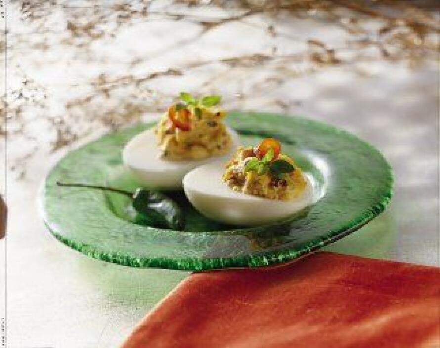 Huevos endiablados con chipotle: Una receta que hace honor a la comida m...