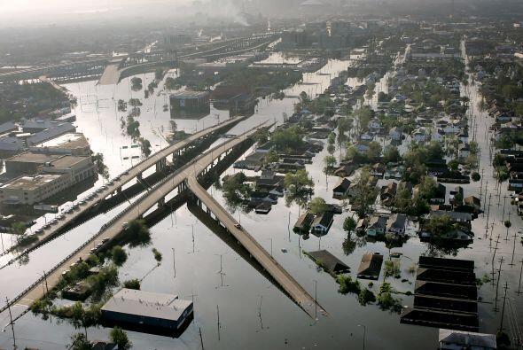 Las calles inundadas completamente de la ciudad de New Orleans.