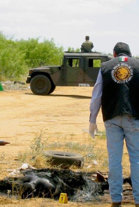 La PGR ofrece $8 millones por Román Rincones, el coyote, la misma cantid...