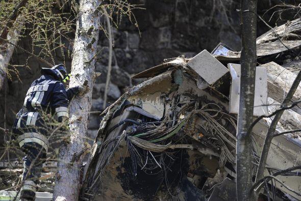 15 de febrero: Mueren 18 personas y 162 resultan heridas en el choque de...