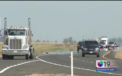 Choferes de camiones buscan se expidan con mayor rapidez las licencias c...