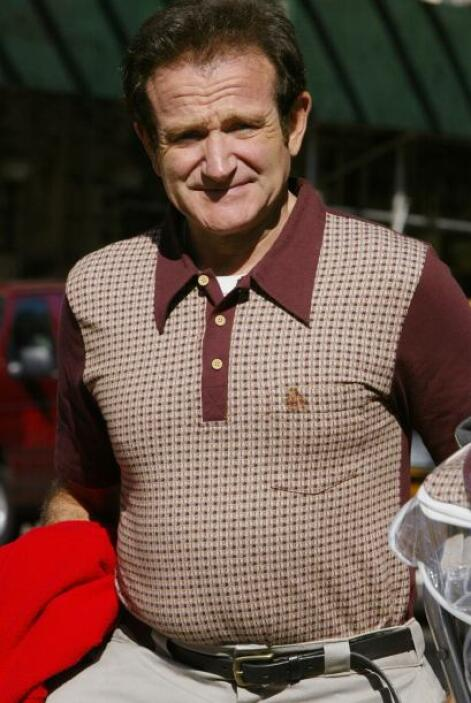 "En esta foto el actor Robin Williams en el set de la película ""House of..."