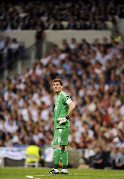 Desolación de Casillas por los dos goles recibidos.